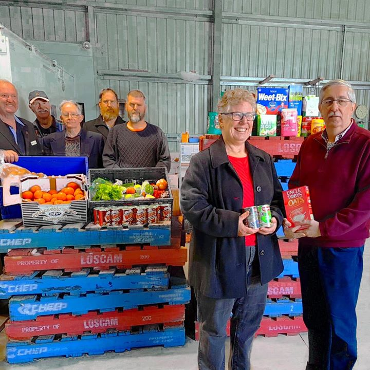 Bendigo City Masonic Lodge donates to Bendigo Foodshare